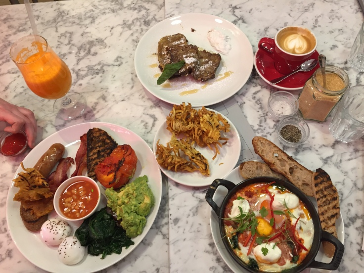 Full Spread - The Date Night Review